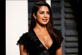 Priyanka Chopra admitted  50 Lakh Cash payments:  Court - Income Tax